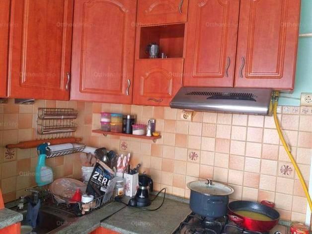 Debreceni eladó lakás, 1+2 szobás, 54 négyzetméteres