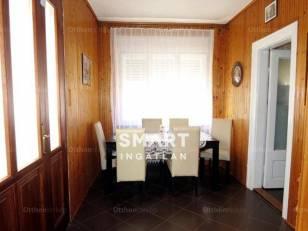 Kecskeméti eladó családi ház, 2 szobás, a Mikszáth Kálmán körúton
