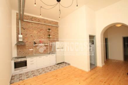 Eladó 5 szobás lakás Palotanegyedben, Budapest, Somogyi Béla utca