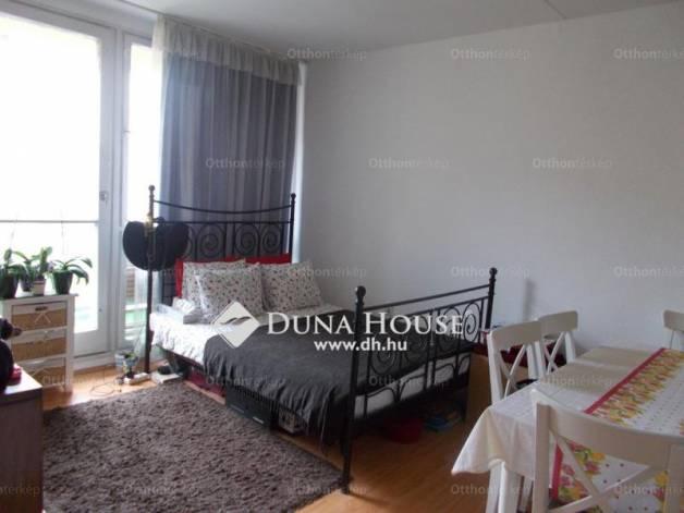 Pécsi lakás eladó a Melinda utcában, 52 négyzetméteres