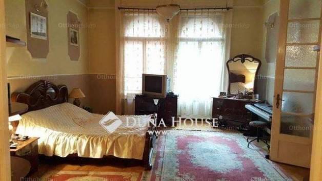 Eladó 3 szobás lakás Palotanegyedben, Budapest, Baross utca