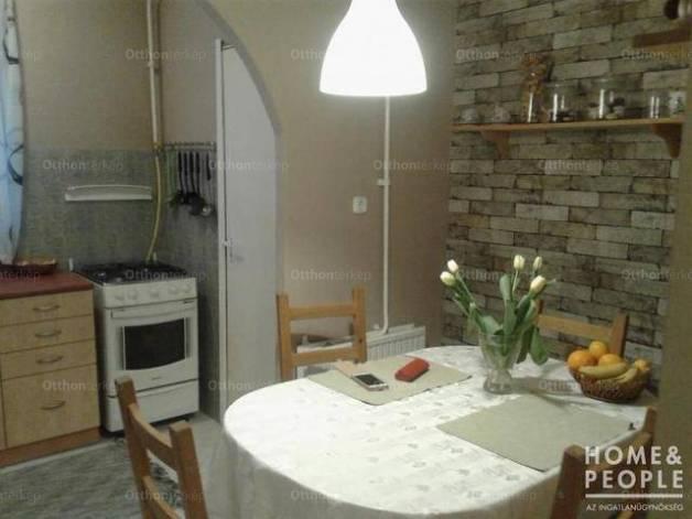 Eladó 1+2 szobás lakás Szeged