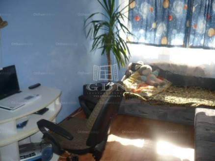 Eladó, Göd, 4+2 szobás