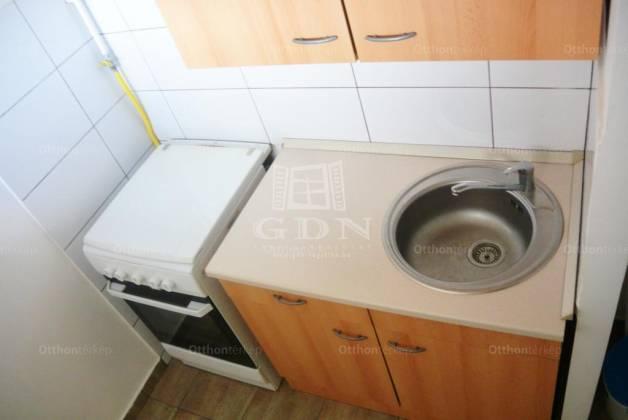 Budapest eladó lakás, Ligettelek, Kőrösi Csoma Sándor út, 31 négyzetméteres