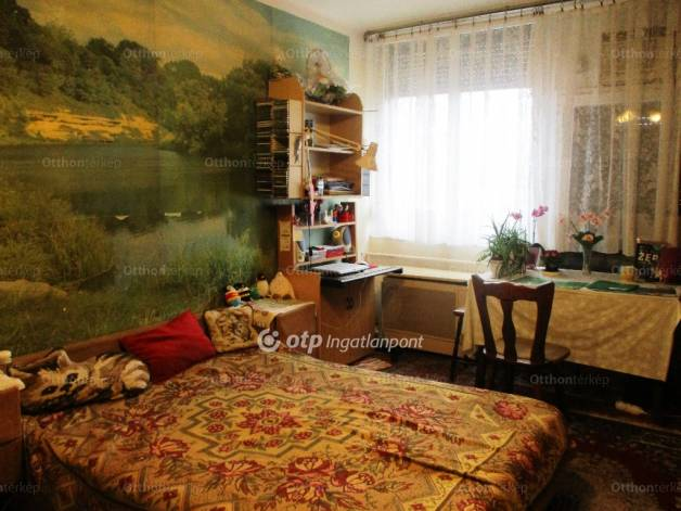 Eladó 1+1 szobás lakás Szolnok