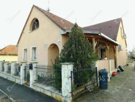 Eger családi ház eladó, 5 szobás