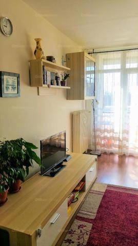 Eladó, Pécs, 2+1 szobás