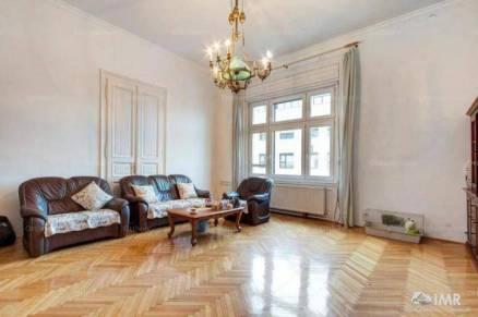 Eladó lakás Lipótvárosban, V. kerület Szent István körút, 5+1 szobás