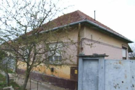 Méhkerék eladó családi ház a Mohácsi utcában