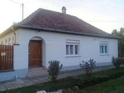 Tataháza eladó családi ház