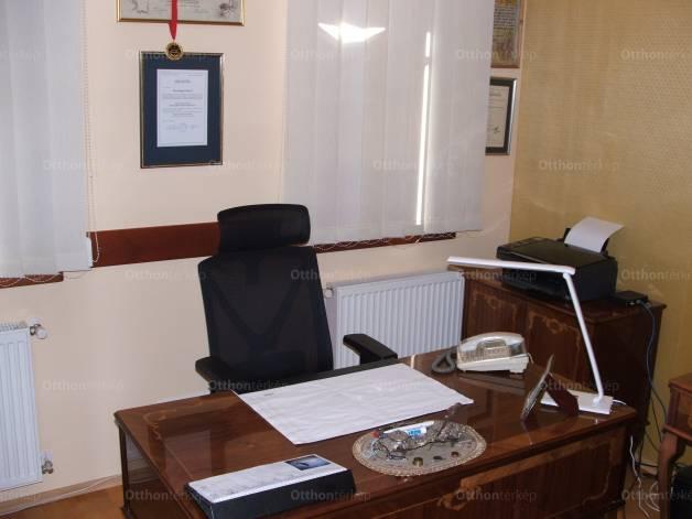 Budapesti családi ház eladó, Rákospalotán, Hunyadi utca, 3+4 szobás