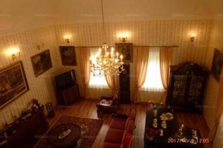 Eladó családi ház, Hévíz, 5+2 szobás