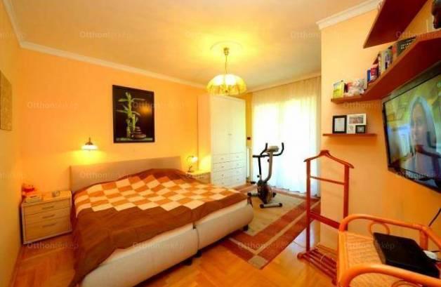 Budapest, lakás eladó, Szemlőhegy, 4 szobás