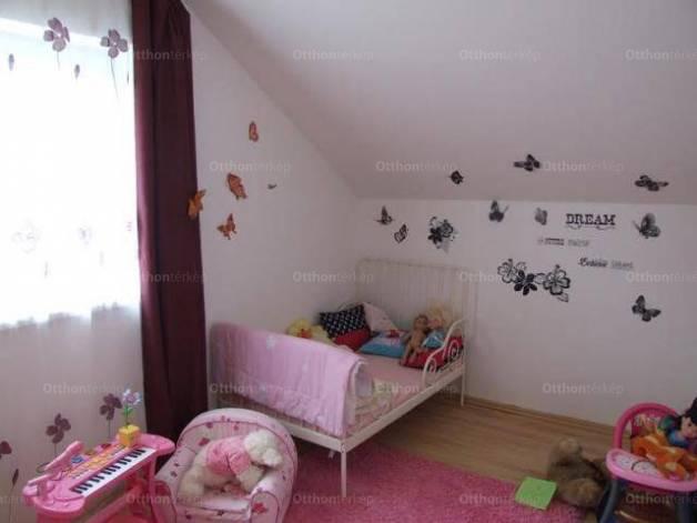 Lakás eladó Szentendre, 105 négyzetméteres