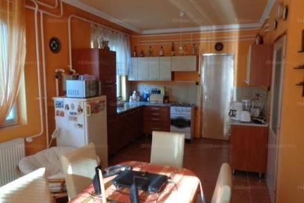 Nyíregyházai eladó családi ház, 4 szobás, 150 négyzetméteres