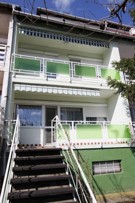 Veszprém 5+1 szobás lakás eladó