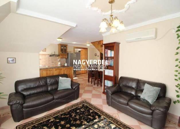 Debreceni eladó lakás, 3 szobás, 80 négyzetméteres