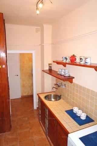 Eladó 1+1 szobás lakás Óhegyen, Budapest, Halom köz