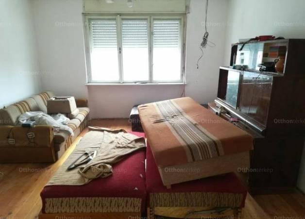 Eladó családi ház Mór, 3 szobás