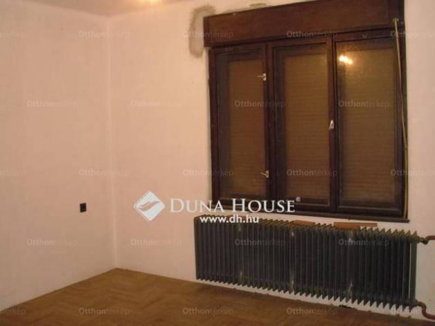 Sárisáp családi ház eladó, Diófa utca, 3 szobás