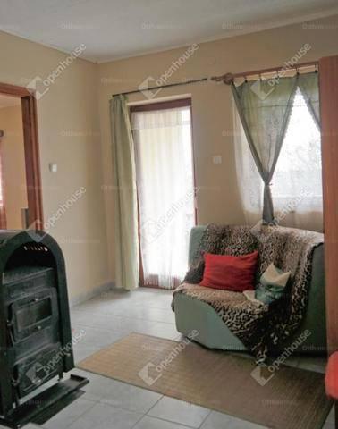 Kincsesbányai családi ház eladó, 79 négyzetméteres, 4 szobás