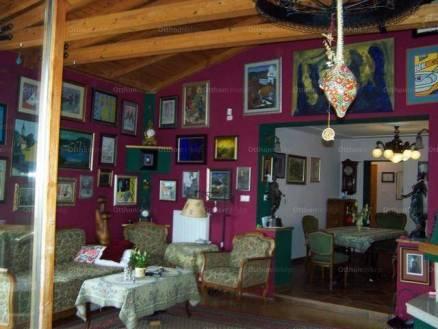 Szentendrei eladó családi ház, 2+3 szobás, 270 négyzetméteres