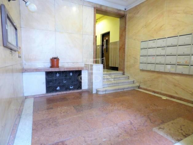Eladó lakás Erzsébetvárosban, VII. kerület Madách Imre tér, 1+2 szobás