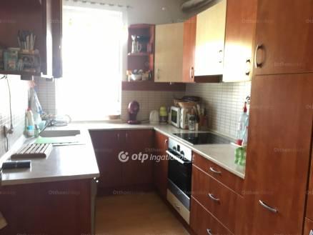 Eladó 1+1 szobás lakás Sopron