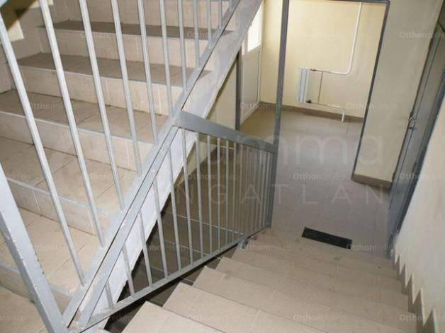Eladó lakás, Miskolc, 1+2 szobás