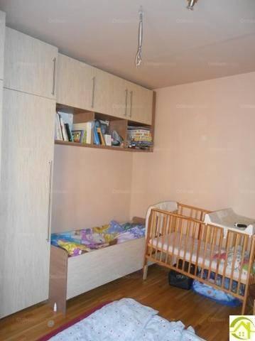 Pécs lakás eladó, 2 szobás