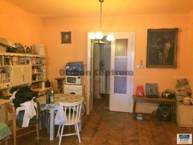 Eladó 3+1 szobás lakás Pasaréten, Budapest, Júlia utca