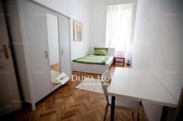 Eladó lakás Lipótvárosban, V. kerület Stollár Béla utca, 3+1 szobás