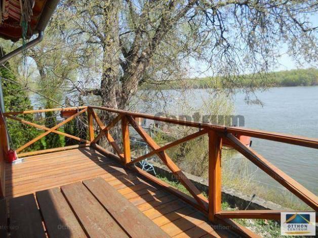 Eladó 1+2 szobás nyaraló Bogyiszló