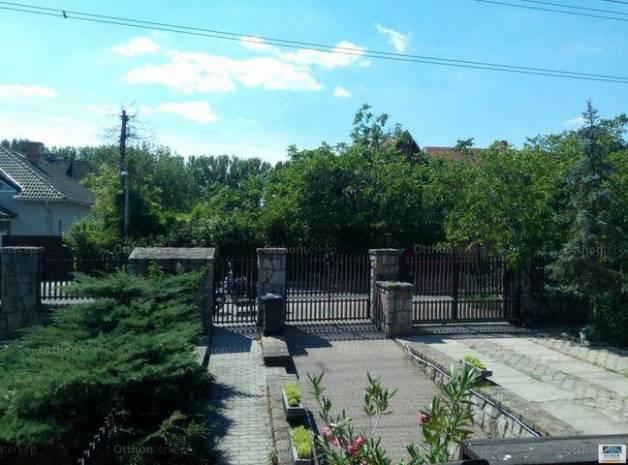 Dunakeszi családi ház eladó, 157 négyzetméteres, 5 szobás