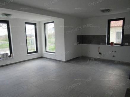 Zamárdi eladó új építésű családi ház