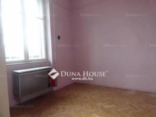 Eladó 2+1 szobás lakás Ferencvárosi rehabilitációs területen, Budapest, Mester utca