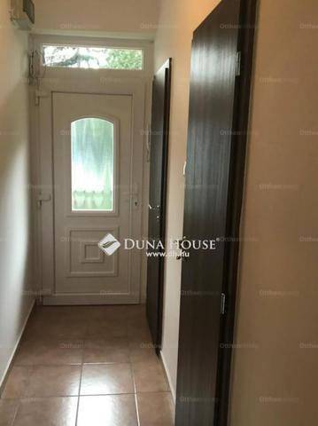 Eladó lakás Tata, Gesztenye fasor, 1 szobás