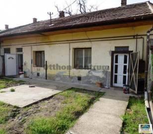 Budapest eladó házrész, Pesterzsébet, Erdő utca, 52 négyzetméteres