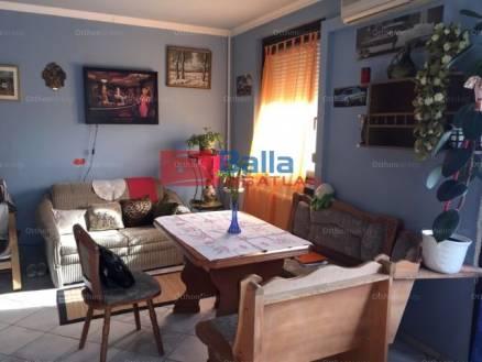 Eladó lakás, Budapest, Gloriett-telep, Tövishát utca, 2+1 szobás