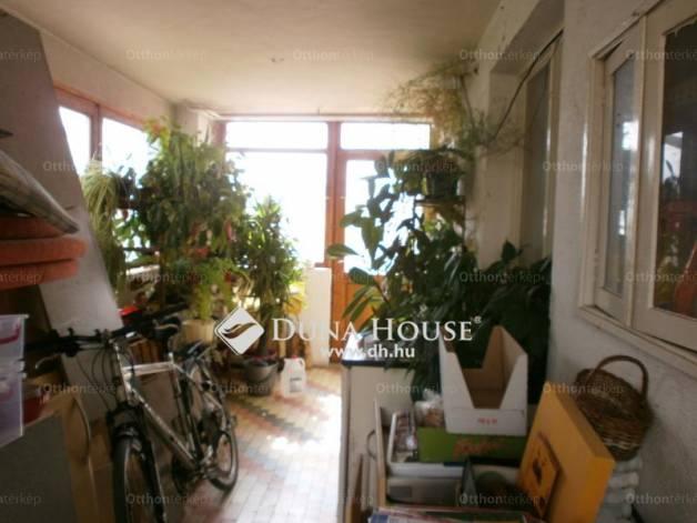 Eladó 4 szobás Pécs a Madas József utcában