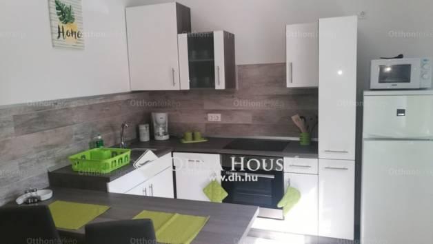 Eladó 1 szobás lakás Pécs