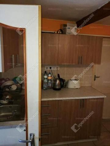 Békés 2 szobás családi ház eladó