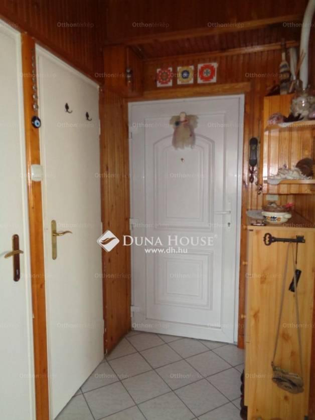 Eladó 1+1 szobás Székesfehérvár a Balatoni úton