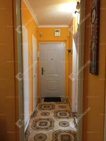 Eladó, Szolnok, 2 szobás