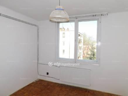 Tiszavasvári lakás eladó, 2 szobás