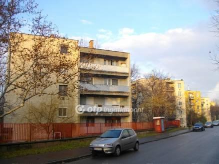 Eladó 2 szobás lakás Sashalmon, Budapest, Egyenes utca