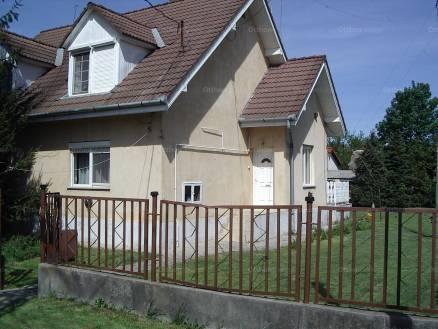 Szekszárd családi ház eladó, Zrínyi utca, 5 szobás