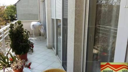 Szeged 2+1 szobás lakás eladó a Csongrádi sugárúton