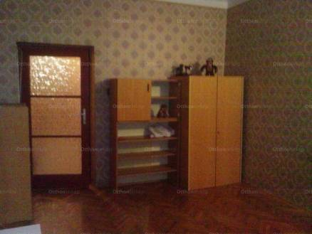 Eladó 1 szobás lakás Dunaújváros