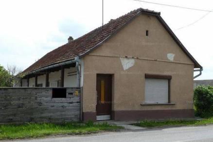 Dunapataj családi ház eladó, Ordasi út, 2 szobás